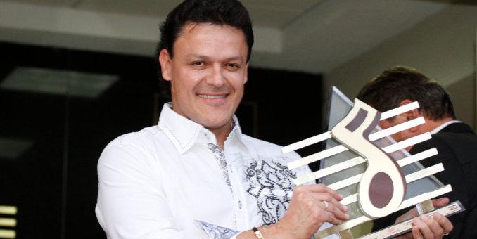 Pedro Fernández: Ni enfermedad ni celos