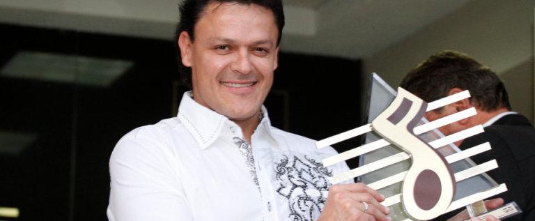 ¡Pedro Fernández será abuelo de un varón!