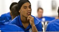 Ronaldinho llega a México para ganar un título más