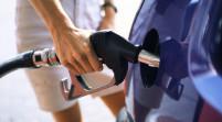 EEUU: Gasolina baja a menos de 3 dólares por galón