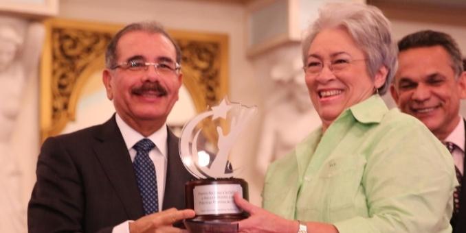 Ministra de salud dominicana asume en medio de protestas tras muerte de 11 niños