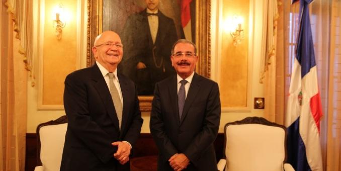 Medina lamenta la muerte del exvicepresidente y excanciller Morales Troncoso