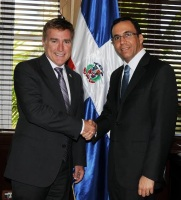 Canciller Andrés Navarro y embajador de los Estados Unidos se comprometen a fortalecer las relaciones bilaterales