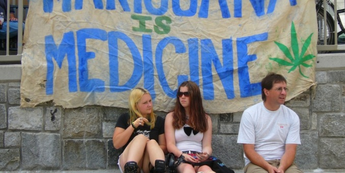 Buscarán de nuevo en 2016 legalizar mariguana medicinal en Florida