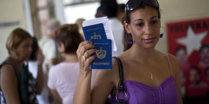 Aumenta emigración cubana por tierra y aire
