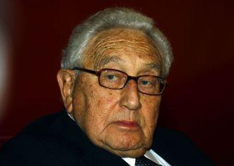 "Kissinger ordenó elaborar planes para ""aplastar"" a Cuba en 1976"
