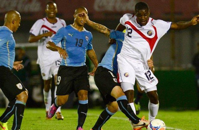Costa Rica amarga a Uruguay en los penales tras empate 3-3