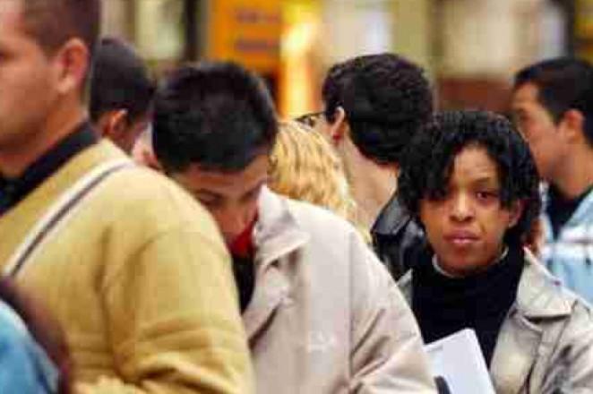 Tasa de desempleo de Brasil cae a 4,7 por ciento en octubre