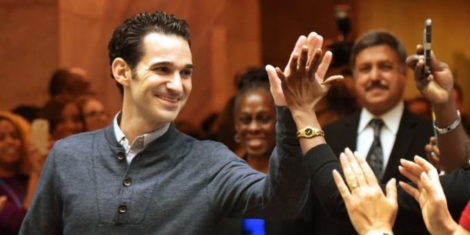 """Nueva York festeja curación de último caso de ébola de EEUU y se declara """"libre"""" del virus"""