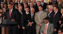 Obama felicita a los Gigantes desde avión