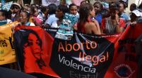 Personalidades apoyan Medina y excepciones penalización aborto en Dominicana