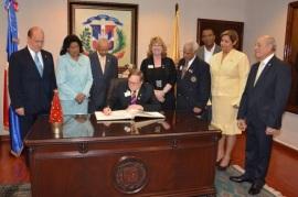Congresistas Senadores Dominicanos reconocen al presidente de la Asociación Internacional de Clubes de Leones