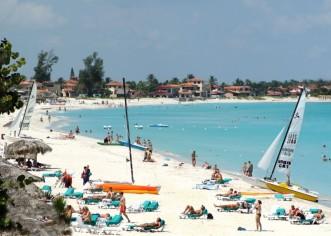 Cuba a la espera de turistas; tiene deficiencias en servicio