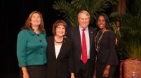 Cientos de personas concurren a la Ceremonia de Juramentación de Alcaldesa y Comisionados del Condado de Orange