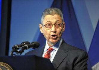 Reemplazan al presidente de la Asamblea de N. York, detenido por corrupción