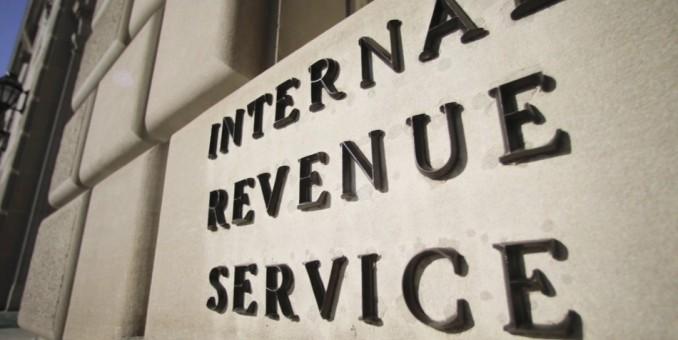IRS reduce servicios a los contribuyentes