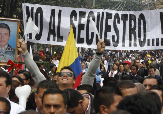 Las FARC dicen que está en riesgo su alto el fuego en Colombia
