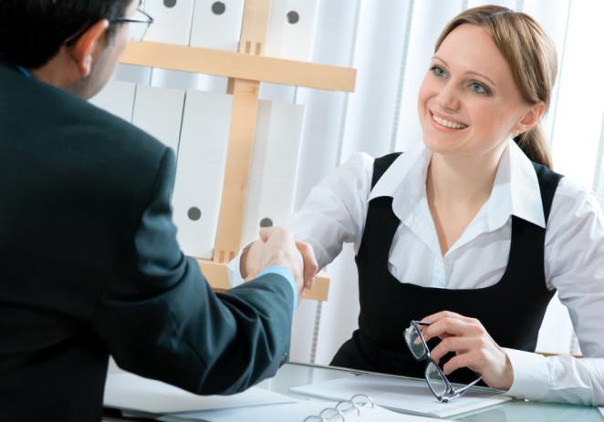 10 preguntas que debes responderte antes de iniciar un romance laboral