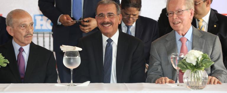 Presidente Dominicano Danilo Medina Sanchez: periódico El Día satisface necesidades informativas ciudadanía