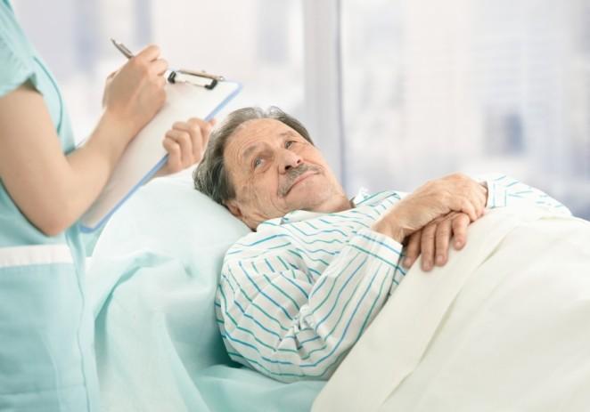 En el umbral de la muerte, médicos piden hablar claro