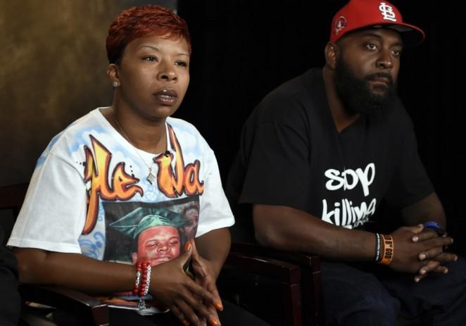 Los padres de Michael Brown demandarán a ciudad de Ferguson