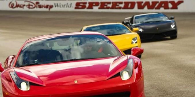Muere hombre en choque en pista de carreras en Disney World