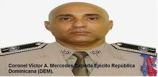 Ejército de la Republica Dominicana descubre camuflados en patana 1,205 sacos de ajo; apresan chofer