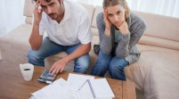 Las esposas estresadas aumentan la presión de los esposos