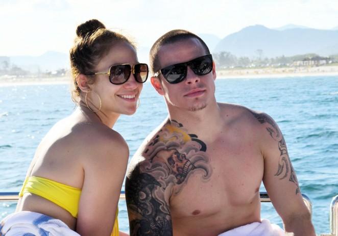 Jennifer Lopez quiere boda e hijo con Casper Smart