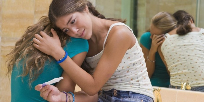 Número de madres adolescentes en Puerto Rico se reduce a la mitad en 6 años