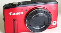 Las cámaras compiten con los smartphones y se suben a la Red