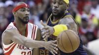 Todas las eliminatorias empatadas tras los triunfos de Rockets y Cavaliers