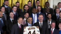 Los campeones Giants de San Francisco visitan la Casa Blanca