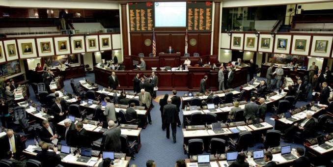 Juez ordena modificar 27 distritos del congreso en Florida