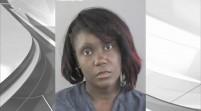 Mujer de la Florida golpea a hijo en el rostro por malas notas