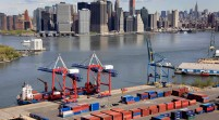 Déficit comercial de EEUU subió 15,6 % en agosto por caída de exportaciones
