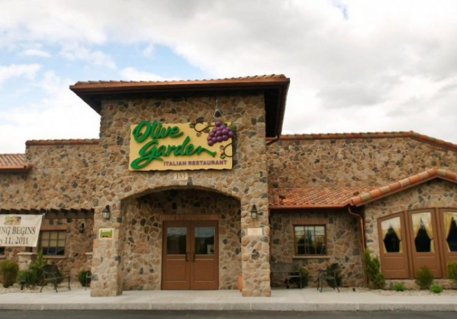 Dine at Olive Garden to support your local High School
