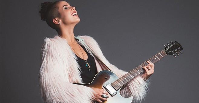 """Raquel Sofía,""""El Soplo de Aire Fresco que el Pop Latino Necesita"""",  Juanes."""