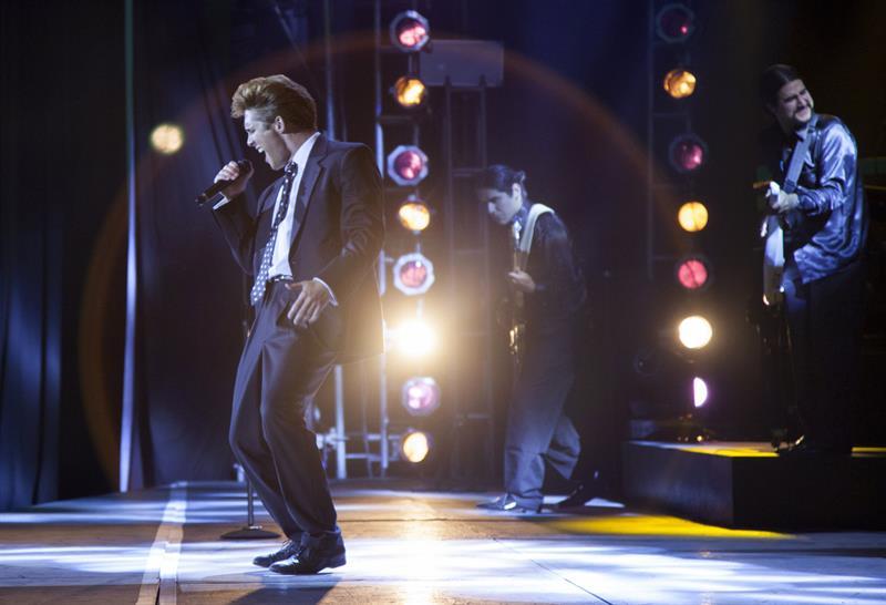 La serie sobre la vida del cantante Luis Miguel se estrenará el 22 de abril Luis-Miguel